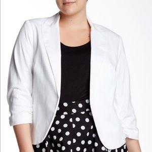 Amanda & Chelsea plus size White Blazer Jacket